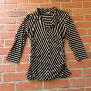 Vince Camuto Small Striped V-Neck Blouse Shirt Top
